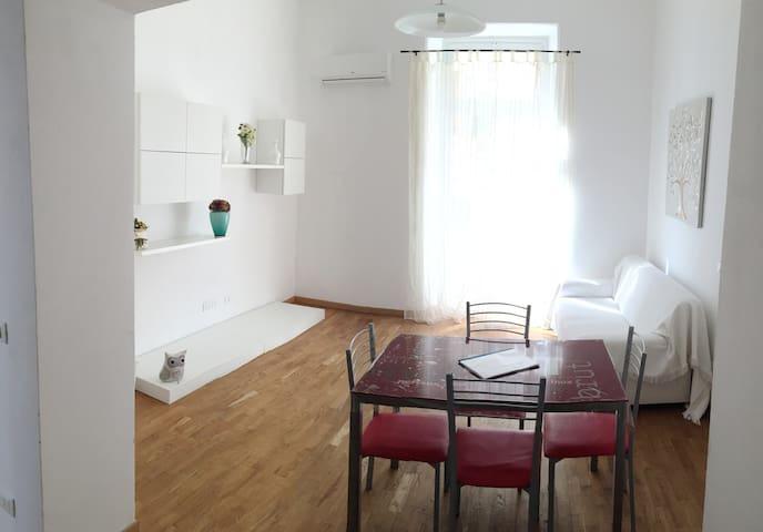 Appartamento comodo alla stazione per le 5 Terre - La Spezia - Apartment