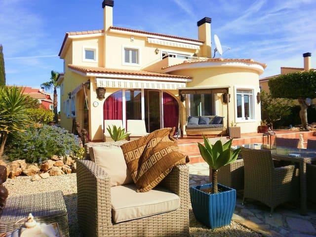 Oriental Garden - Bolerias - Villa