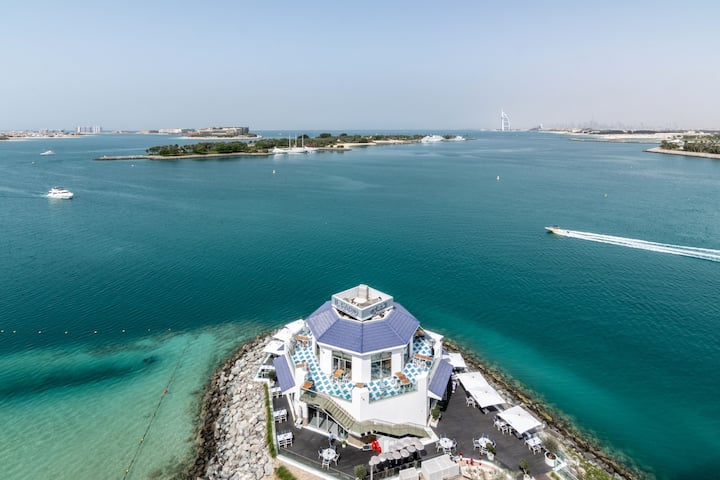 Mykonos 1BR Island Sea View in Palm Jumeirah