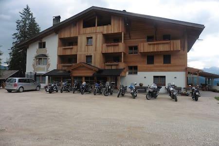 PENSION CHALET  FRAPES - San Martino in Badia