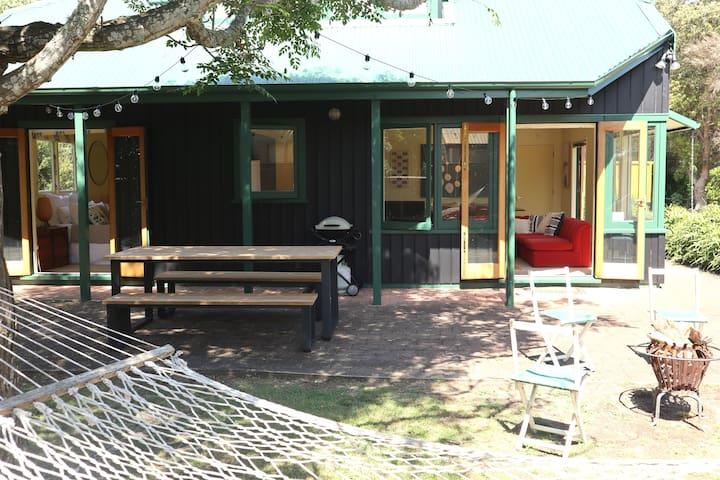 Black Barn Retreat | Waihi Beach