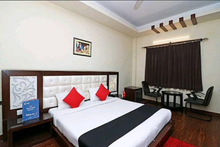 City centre Classic Private Hotel Room stay