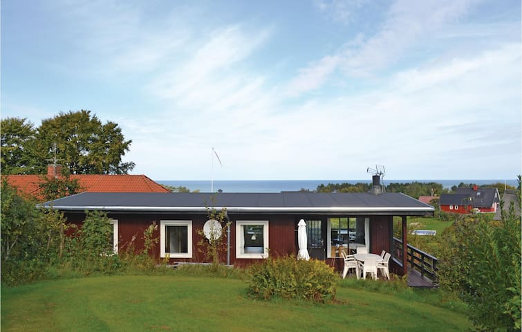 Holiday cottage with 3 bedrooms on 76m² in Glesborg