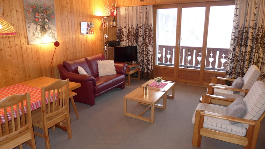 Cosy family home 250m from lifts - Troistorrents - Leilighet