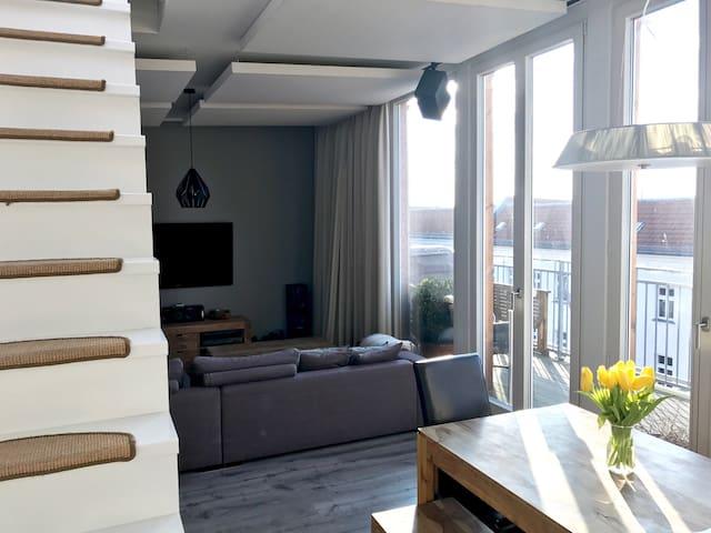 Penthouse in Friedrichshain with a rooftop terrace - Berlin - Loft