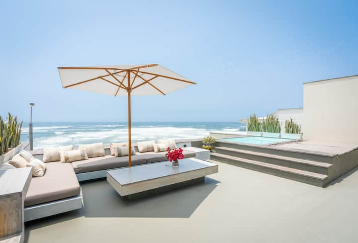 Stunning and spacious Ocean View Triplex House