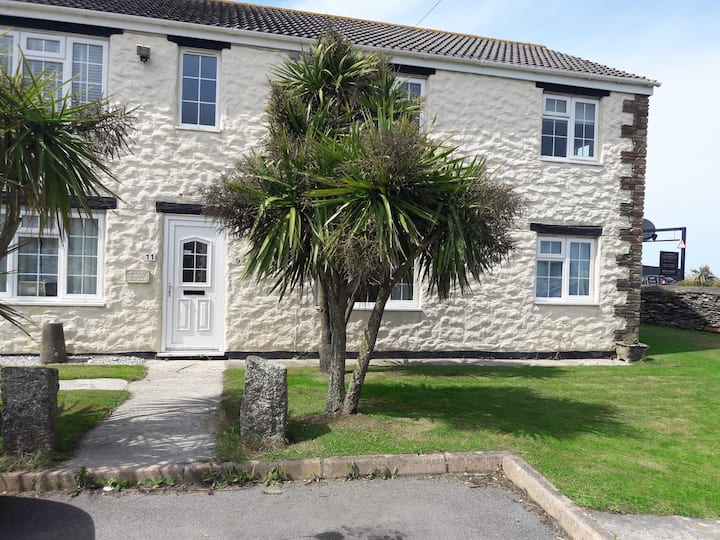 Apartment in Beautiful Trevarrian Cornwall