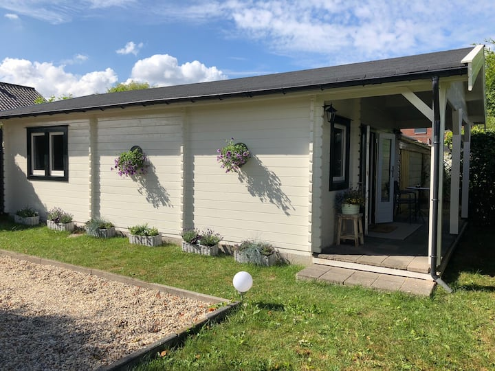 Luxury & private cottage, 5 km from Rotterdam