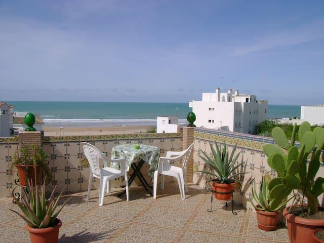 ,A un minuto de la playa,. perfecto para parejas