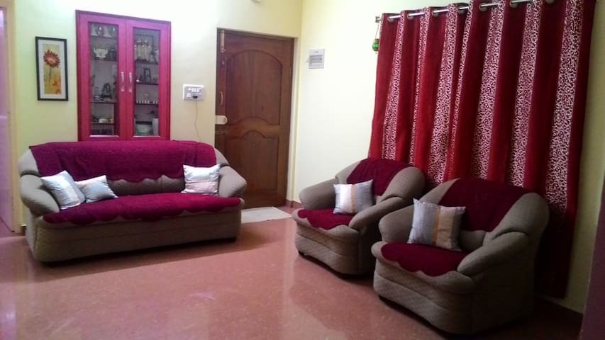 Single bedroom in a 2 BHK - Bangalore - Casa