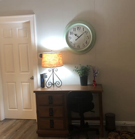 Desk for guest that need to work remotely.