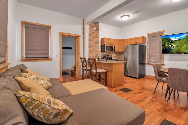 Buffalo's Most Convenient Air BnB (Sleeps 2)