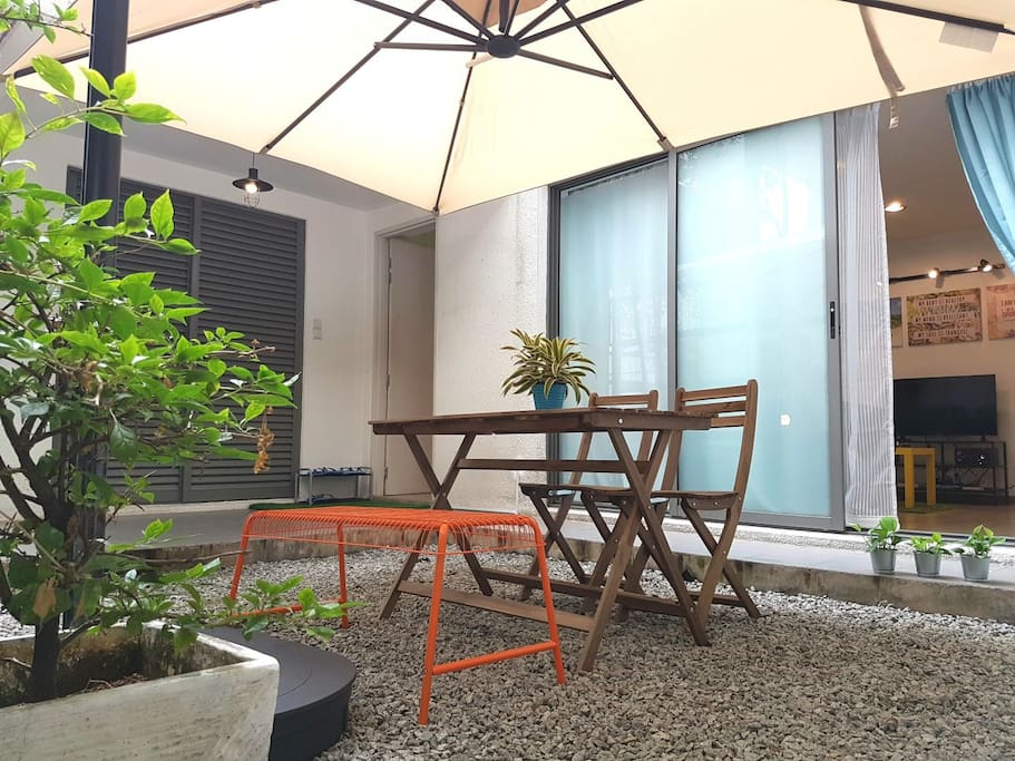 Grab some coffee or tea... hangout at our homely private garden