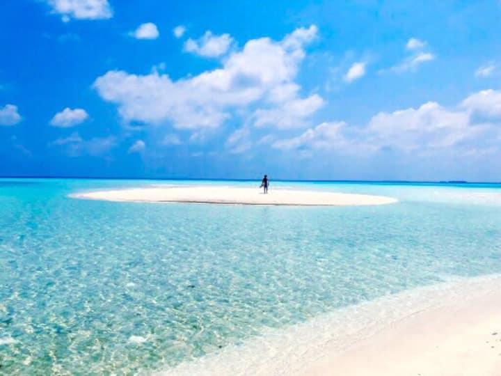 Closest guesthouse to bikini beach in Mathiveri!