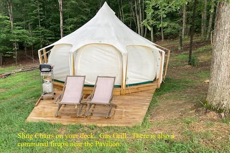 Wolftrap Farm Glamping Tent #2 - Spectacular Spot!
