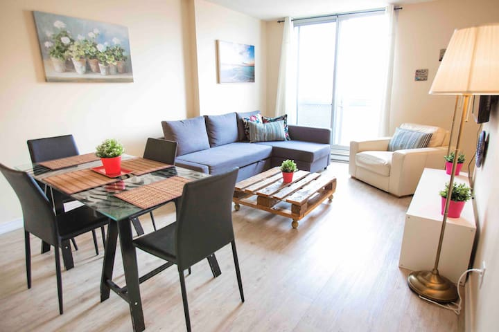 Very nice apartment in the heart of Montreal