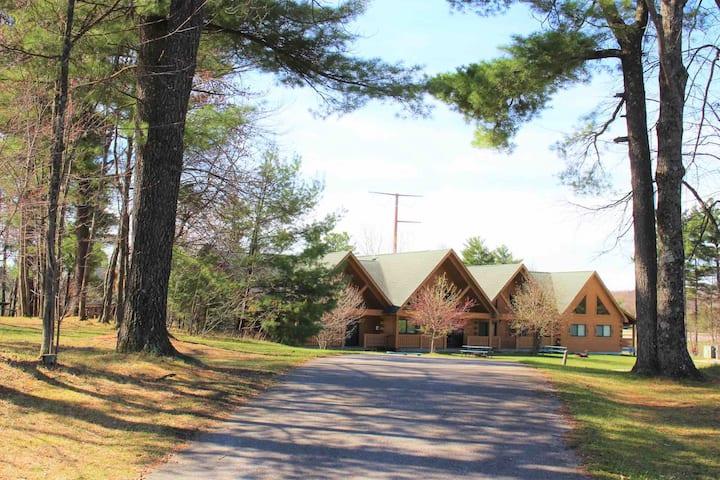 Yogi's Villa 1007 - w/adjoining doors to Lodge