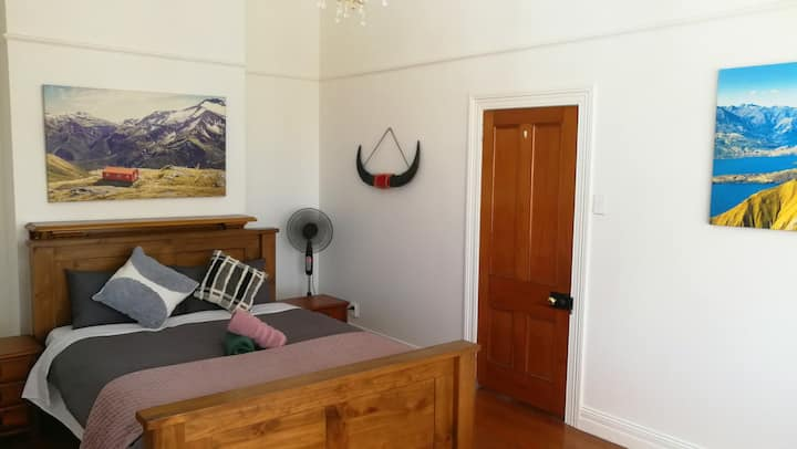 Double Room at Epsom.--Room E