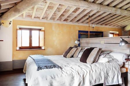 Suite Mark - Bedroom - Fattoria San Martino