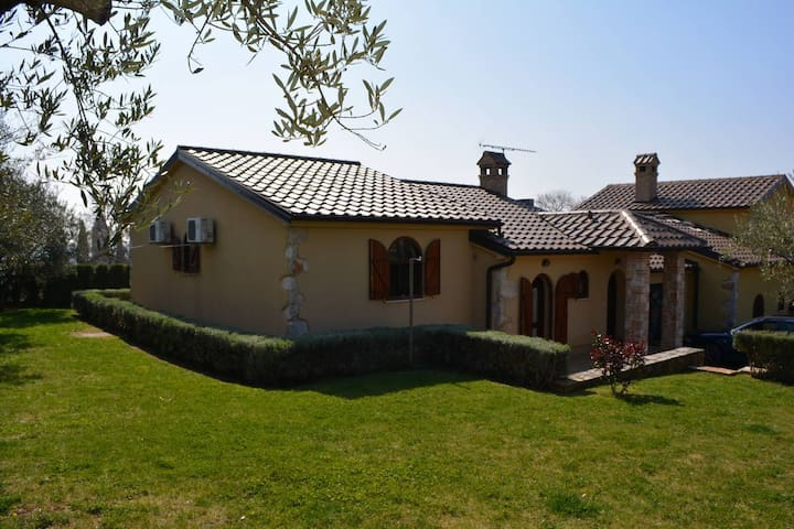 FANTASTIC MANSION HOUSE NEAR PARENZO AND CITTANOVA - Labinci - Reihenhaus