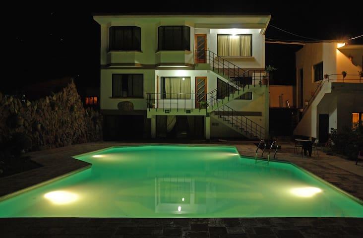 Hotel Mitru: Matrimonial o simple superior