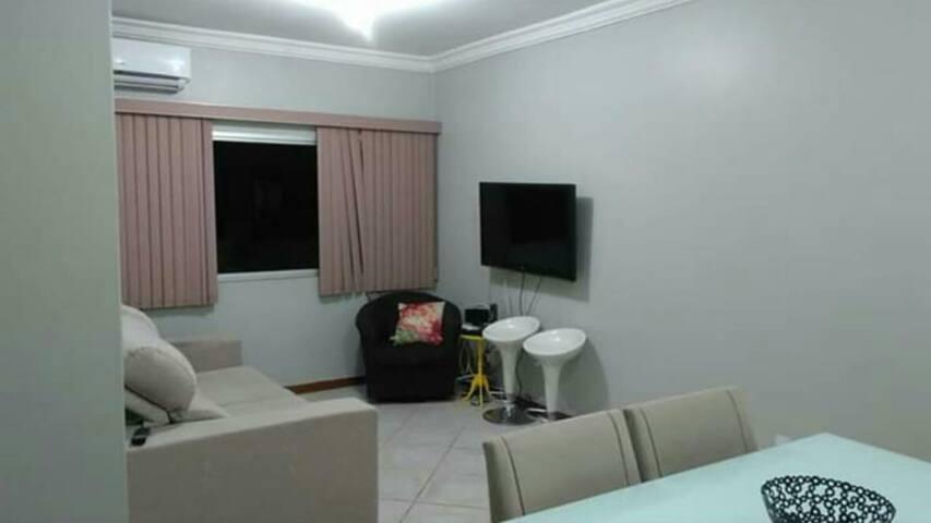 Apartamento inteiro de 3 quartos em Jardim Camburi