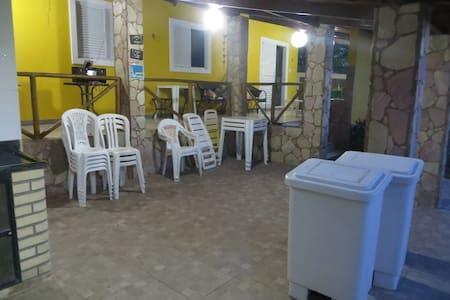 GUARAJUBA BEACH HOUSE FOR GOOD TIME. - Lauro de Freitas - Haus