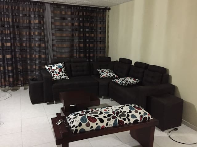 Norte de Cali, 5to piso, acogedor. - Cali - Apartment