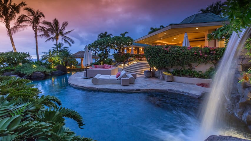 Glamorous Estate Home w/Pool, Stunning Ocean & Sunset Views