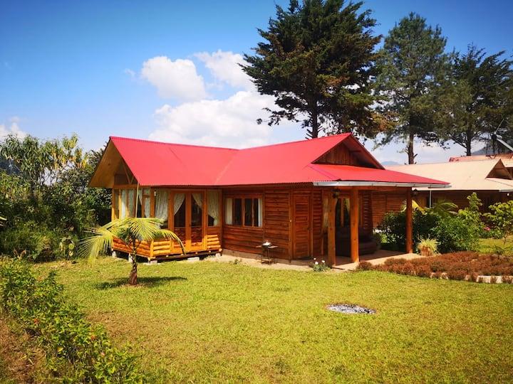 Casa completa chalet. Vista al Valle de Oxapampa