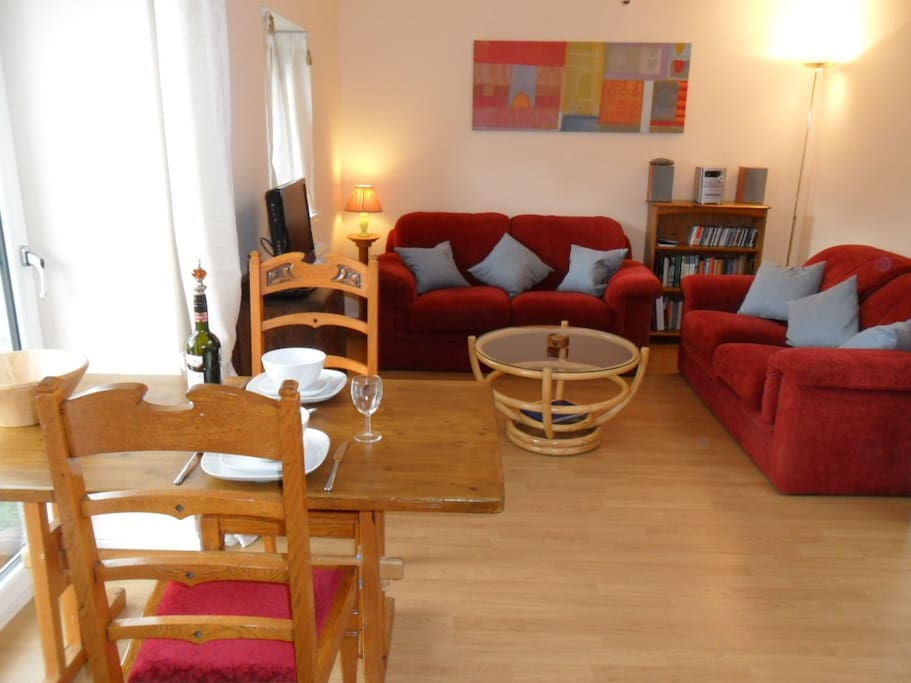 Lounge and eating area