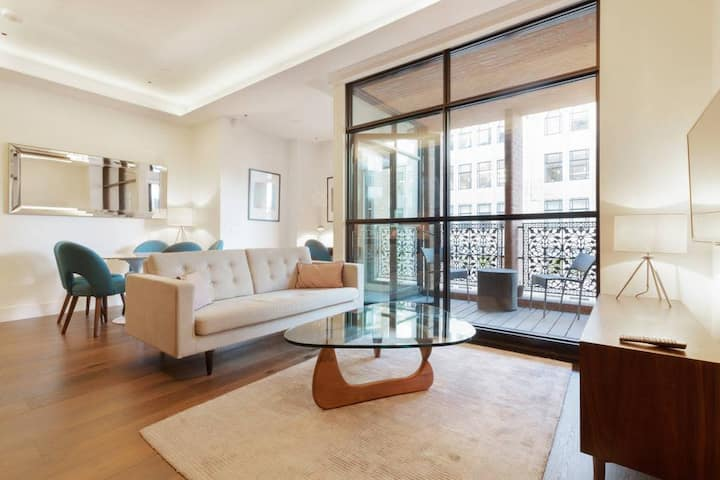 Newly built elegant 1 bed home in Central London