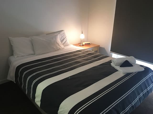 Cosy 2BRM apartment in the heart of Williamstown - Williamstown - Apartamento