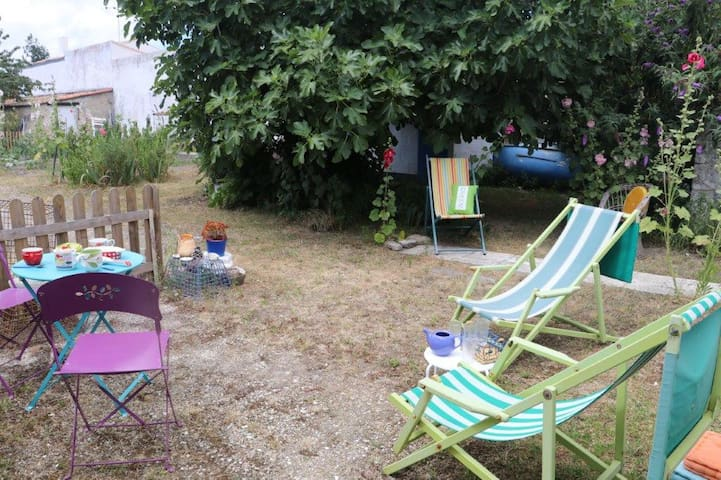 Au coeur d'un jardin tranquille -Havre de paix