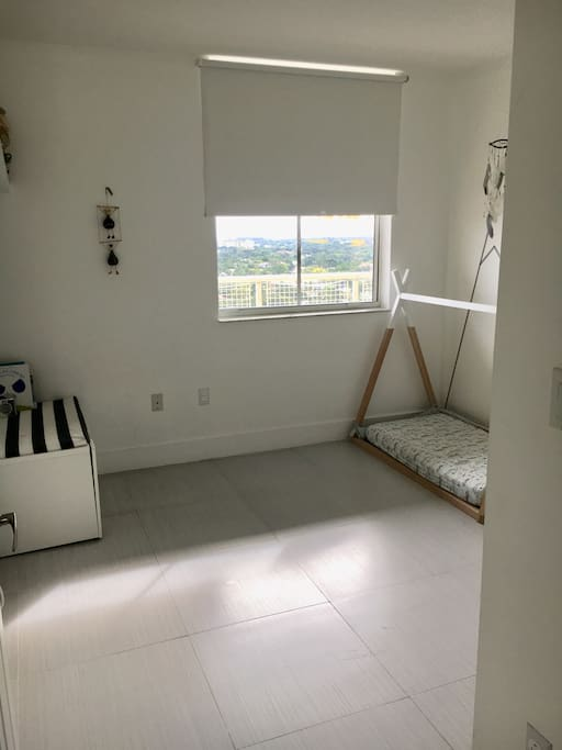 Toddler Room with an extra Queen mattress