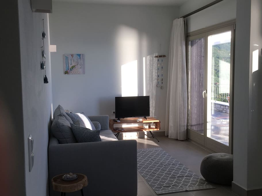 Sunny day, time to relax your senses at Almond apartment of Villa Moses