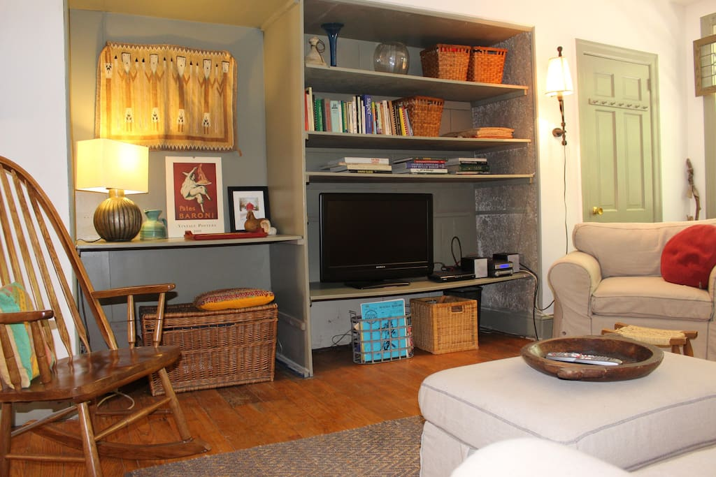 Living Room with cable and cookbooks