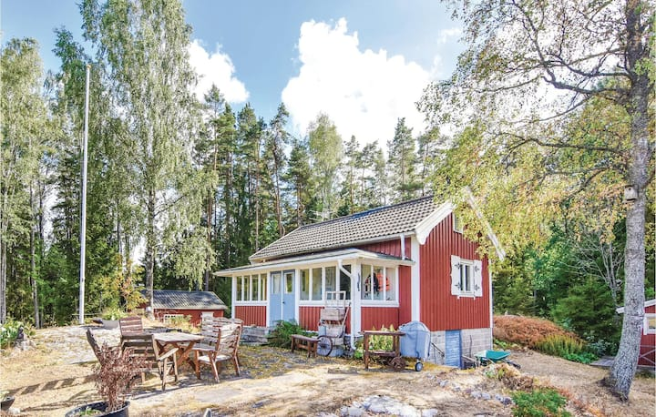 Awesome home in Mellerud with Sauna, WiFi and 2 Bedrooms