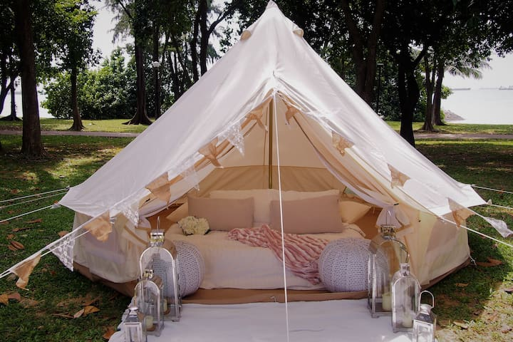 Glamping in Luxurious Bell Tent by the Sea - Singapore - Telt