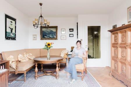 3,5 Zimmerwohnung in 1950er Villa - Markdorf - Pis