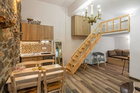Perachori Boutique Studio in square - ATHINA