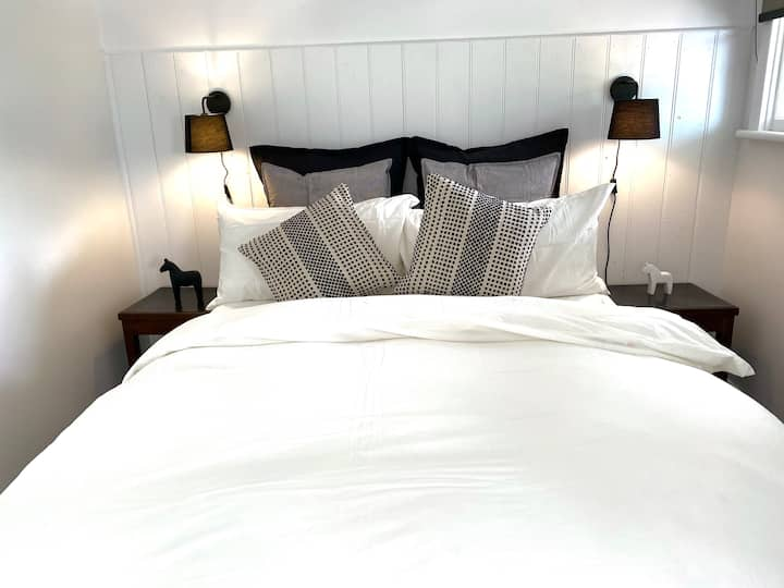 Warilda Farm & Spa Stay | Boutique Cottage