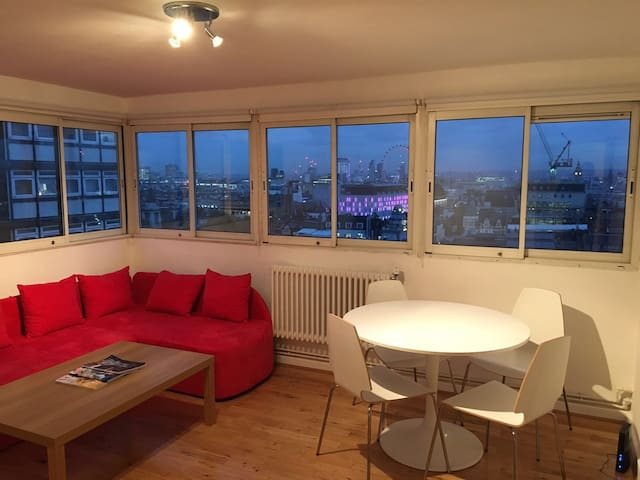 MODERN 1BD APARTMENT IN SOHO - SLEEPS UP TO 4 - London - Apartment