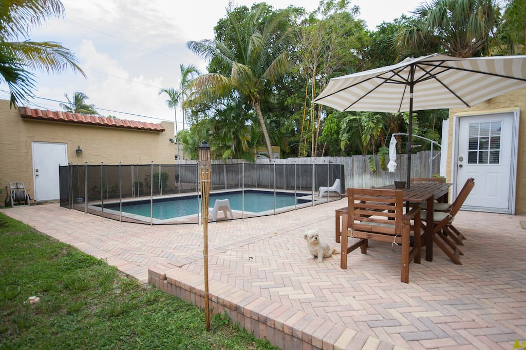 Large Patio with volley ball pool