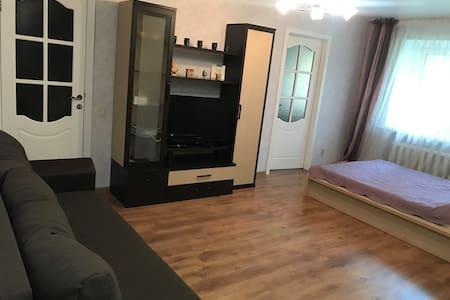 Уютная 2х комнатная квартира на Щапова