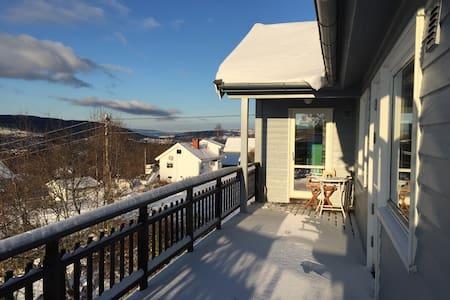 Unikt hus med spektakulær utsikt - Jevnaker - Haus