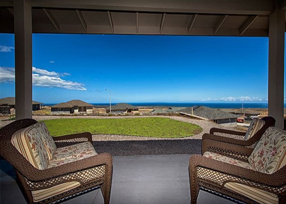 Relax and Enjoy Great Ocean Views!