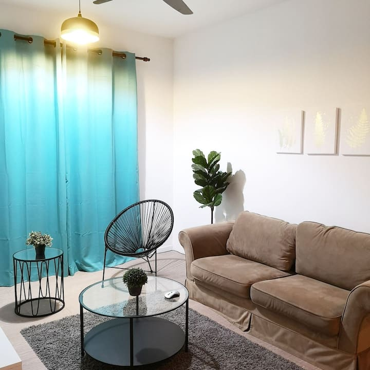 NDW  appartment- all NEW furniture and CLEAN house