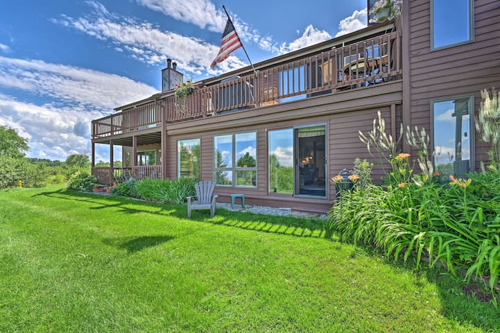 NEW! 4-Season Lakefront Condo: Swim, Boat & Ski!