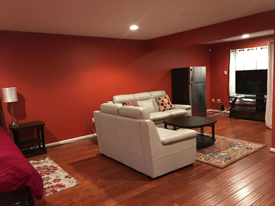 Separate Entry Basement Suite Townhouses For Rent In Alexandria Virginia United States